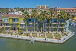 Windwater Hotel, pet friendly hotel in south padre island, texas